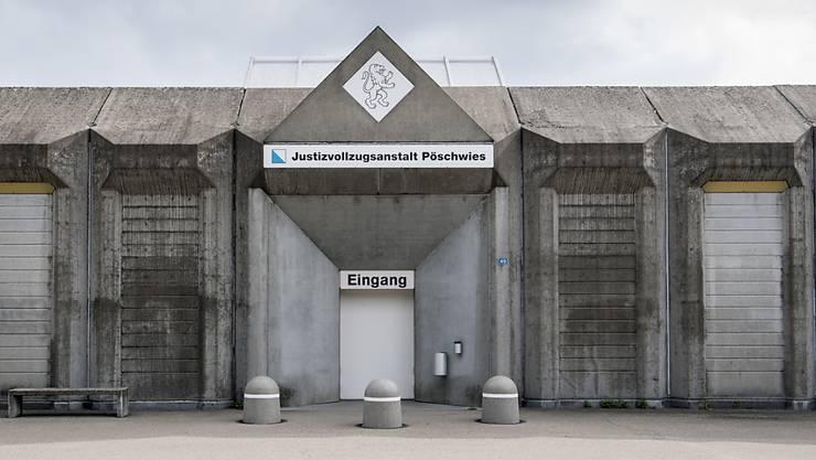 Unterlagen der Kesb der Stadt Zürich wurden in der Justizvollzugsanstalt Pöschwies zu Büchern gebunden. (Archivbild)