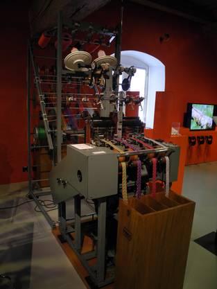 Nadelwebautomat im Museum.BL
