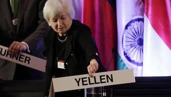 Wird neue Notenbank-Chefin: Die Demokratin Janet Yellen. Die wird die Billig-Geld-Politik fortführen.