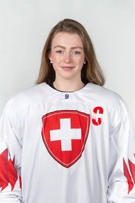 Eishockey sei ihr Hobby, sagt die Lernende der Gemeindeverwaltung Buchs.