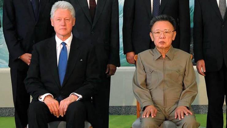 2009: Der damalige US-Präsident Bill Clinton und der damalige nordkoreanische Diktator Kim Il Sung, der Grossvater des heutigen Herrschers Kim Jong Un.
