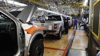 Der zweitgrösste US-Autobauer Ford gerät in der Corona-Krise tief in die roten Zahlen. (Archiv)