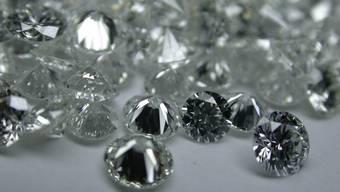 Diamanten: Auf solche Beute hatten es die mutmasslichen Räuber abgesehen. (Symbolbild)