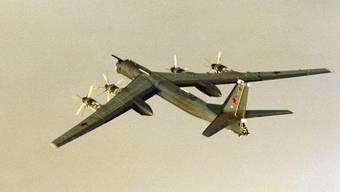 Russischer Langstreckenbomber Tu-95 (Archiv)