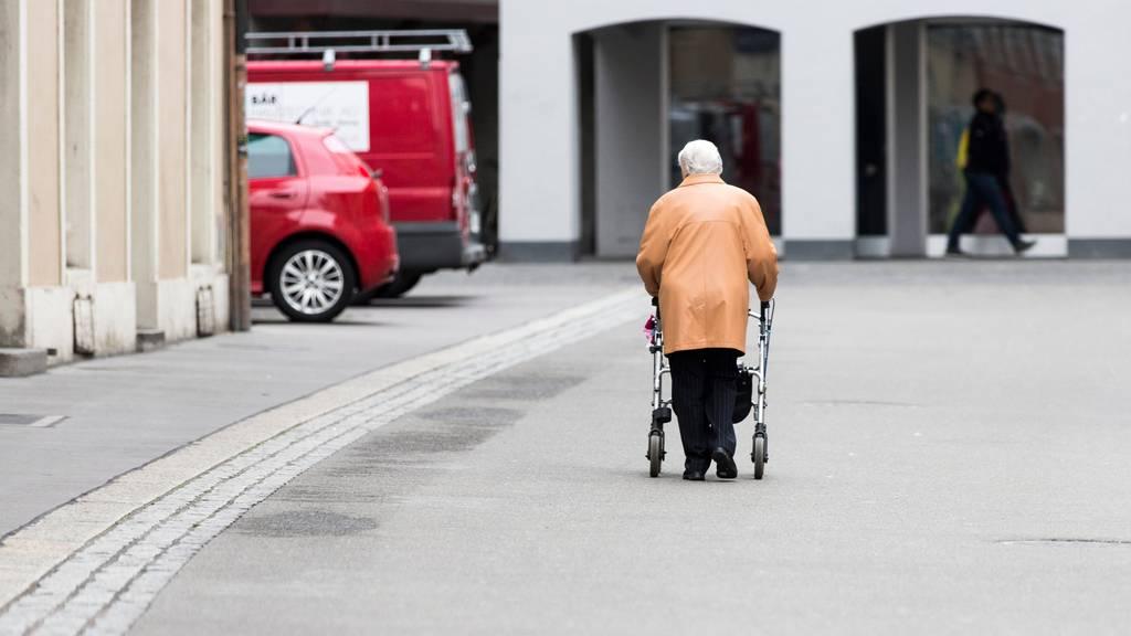 In Basel-Stadt, im Jura und im Tessin leben die meisten Hundertjährigen