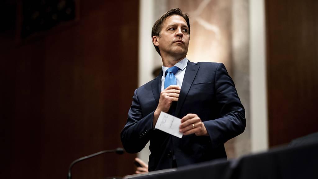 ARCHIV - Ben Sasse, Senator für US-Bundestaat Nebraska, nimmt an einer Sitzung des Justizausschusses des Senats teil. Foto: Erin Schaff/Pool The New York Times/AP/dpa