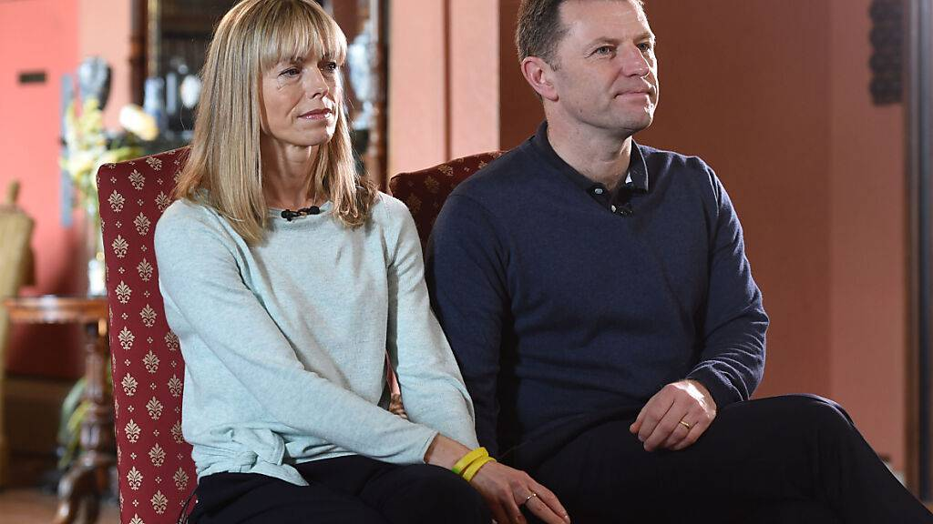 ARCHIV - Kate und Gerry McCann geben der BBC ein Interview zum Verschwinden ihrer Tochter Madeleine. (Archivbild) Foto: Joe Giddens/PA Wire/dpa