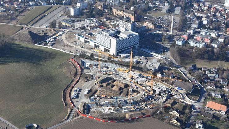 Die Baustellen des Bürgerspitals und im Schöngrün von oben.
