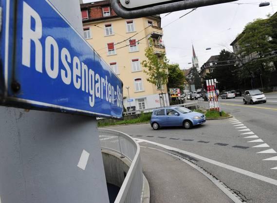 Rosengartenstrasse in Zürich soll vom Verkehr entlastet werden