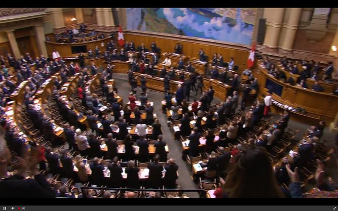 Die Vereinigte Bundesversammlung während der Verabschiedung von Doris Leuthard.