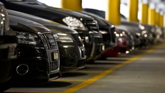Die 41 Fahrzeuge wurden im Sommer 2011 von Fidis Finance bei der SAR Premium Cars AG von Riccardo Santoro abtransportiert und später von der Staatsanwaltschaft beschlagnahmt.