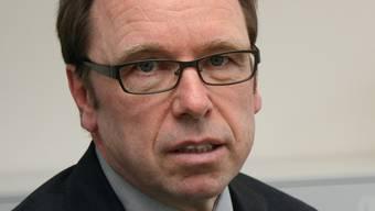 Bruno Baeriswyl, Datenschutzbeauftragter des Kantons Zürich, fordert einen sorgfältigeren Umgang mit Patientendaten in Spitälern.