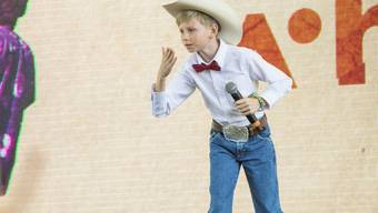Der 11-jährige Walmart-Jodler Mason Ramsey vor zwei Wochen am renommierten Coachella Music & Arts Festival. Jetzt hat er auch einen Plattenvertrag.