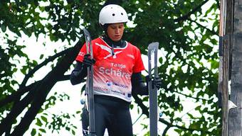 Tanja Schärer trainiert gegenwärtig noch auf der Wasserschanze in Mettmenstetten.bier/archiv