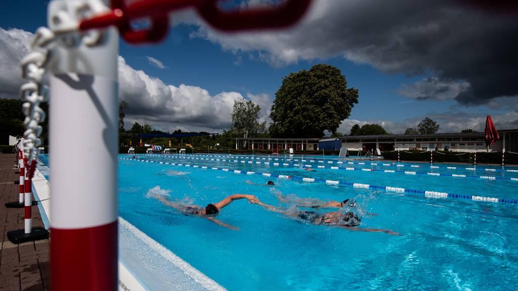 Schutzkonzept: Badi-Betreiber haben ein mulmiges Gefühl