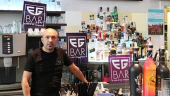 Hasan Us von der EG-Bar weiss, wie man in Windisch Party macht.