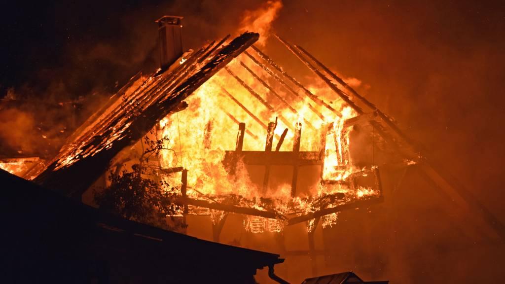 Wohnhaus und Scheune in Rothenburg abgebrannt