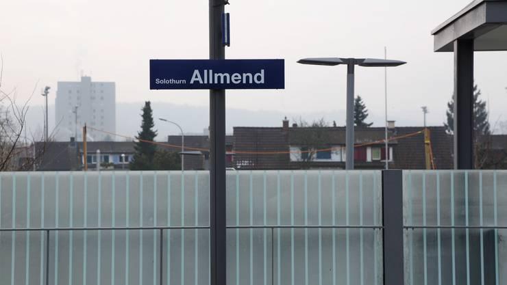 Beim Bahnhof Solothurn Allmend kam es zu einem Personenunfall. (Archiv)