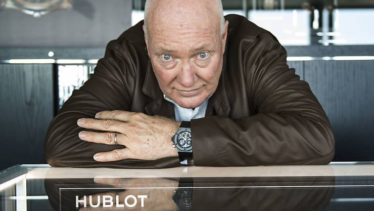 Jean-Claude Biver, Chef des französischen LVMH-Konzerns, kündigt den direkten Onlinevertrieb von Luxusuhren an.