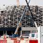 Die Menschenrechtsorganisation Amnesty International sieht bei den Sozial-Standards für den Bau der Stadien für die Fussball-WM 2022 zwar Fortschritte. Sie seien jedoch unzureichend. (Archivbild)