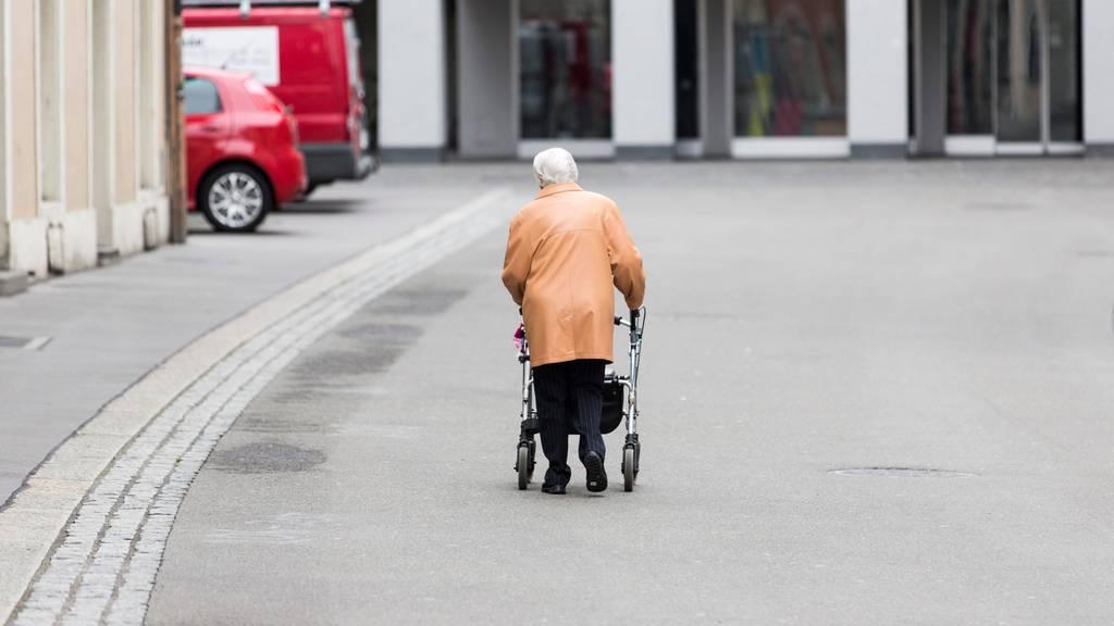 Urner Senioren dürfen wieder nach draussen: Die Ausgangssperre ist aufgehoben