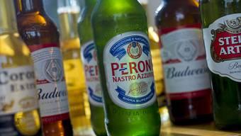 Börsengang für Schuldenabbau. Der weltgrösste Bierbrauchen will seine Asien-Tochter in Hongkong listen. (Archivbild)