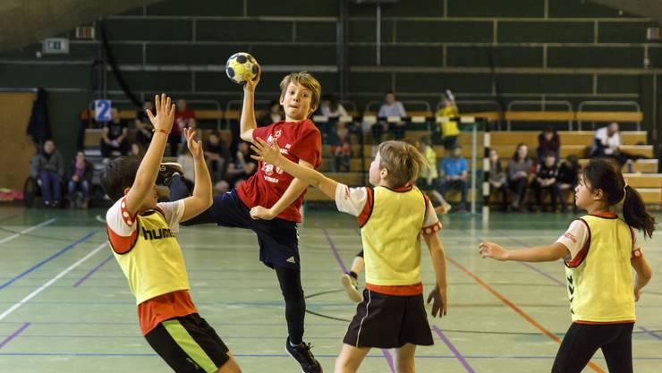150 Mini-Handballerinnen und Handballer haben mitgemacht.