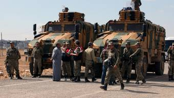 Die türkische Armee postiert sich an der Grenze zu Syrien