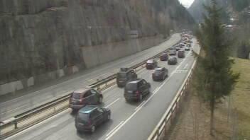 Situation vor dem Gotthard-Nordportal kurz vor elf Uhr.