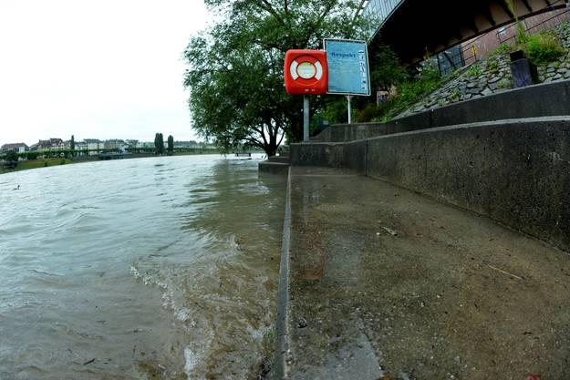 Doch diese Höhe erreicht der Rhein nur sehr selten.