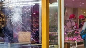 Im Visier von radikalen Tierschützern: Die Boucherie du Molard in Genf wurde vor einigen Wochen Opfer eines Steinwurfs.