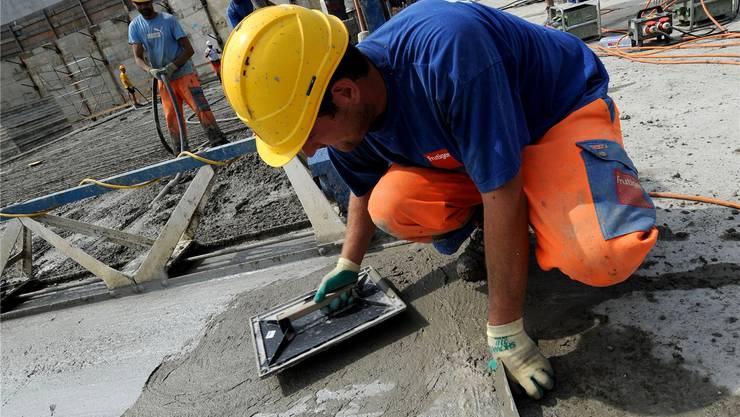 Bauaufträge für jährlich 400Steuergeldmillionen sollen nur noch an Betriebe gehen, die sich an die Gesamtarbeitsverträge halten.