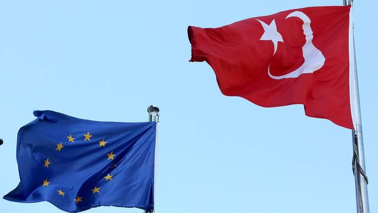 Die Tür zur EU bleibt für die Türkei bis auf weiteres geschlossen, wenn es nach EU-Kommissionspräsident Juncker geht.