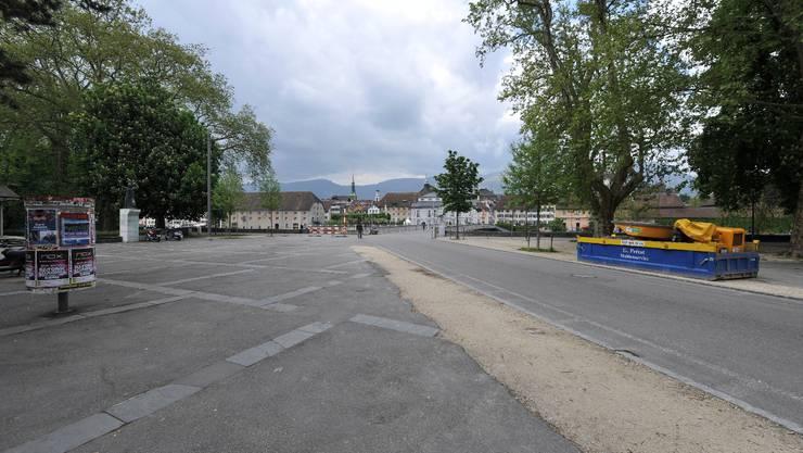 Platz vor dem Gewerbeschulhaus Solothurn GIBS