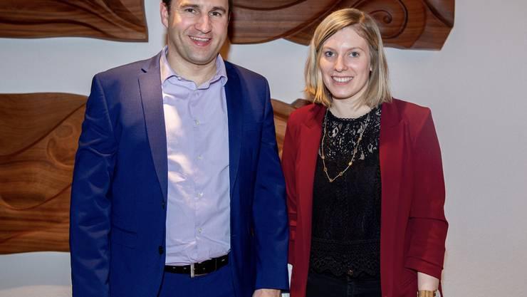 Der abtretende Präsident Daniel Fluri mit seiner Nachfolgerin Andrea Bieli