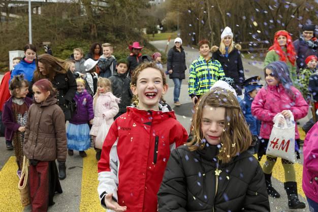 Kinderumzug und Kindermaskenball in Oberdorf. (2)