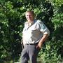 Bruno Fürst an seinem Arbeitsplatz: das Ufer rund um den Hallwilersee.Bild: Anja Suter