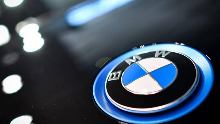 Die Geschäftspraktiken in den USA des deutschen Autobauers BMW werden derzeit von der US-Börsenaufsicht SEC überprüft. (Symbolbild)