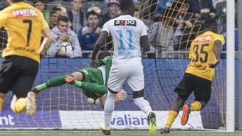 Die Entscheidung in Bern: Sékou Sanogo (Nummer 35) düpiert die FCZ-Abwehr