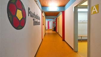 Vier Garderoben und nur eine Dusche: Die Anlage des FC Trimbach erfüllt nicht mehr alle Vorgaben.
