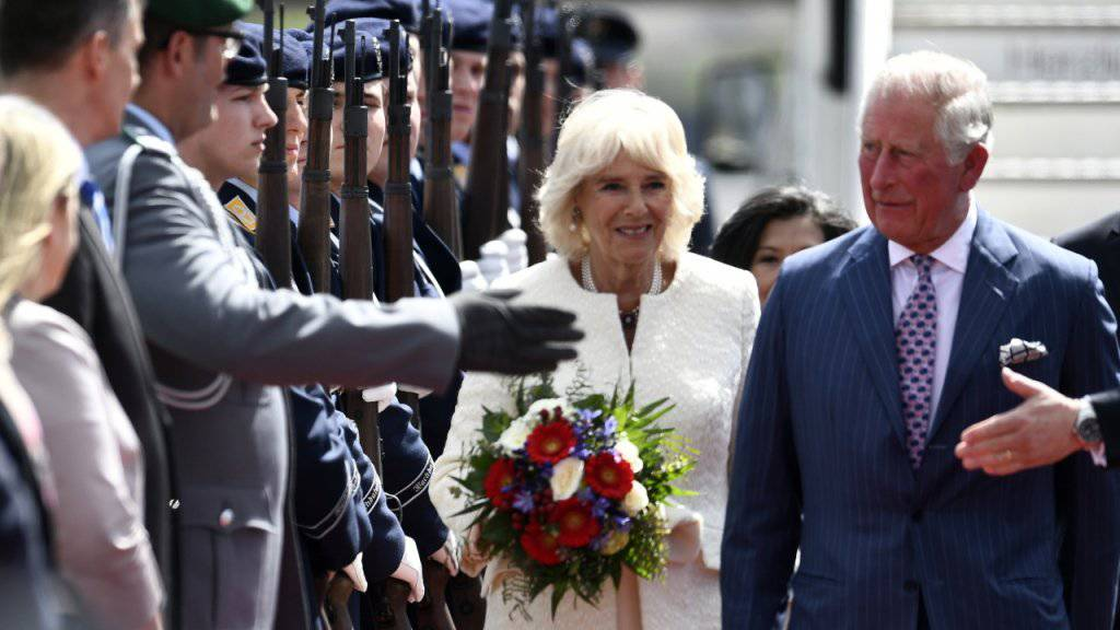 Charles und Camilla beginnen Deutschlandbesuch