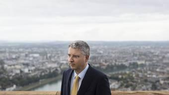 Europäische Spitze: Konzernchef Severin Schwan auf der Terrasse des Roche-Turms. (Archiv)