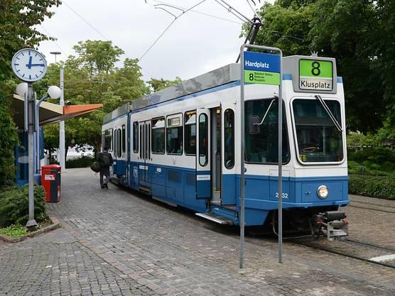 """Das """"Tram 2000"""" der VBZ wird durch die neuen ..."""