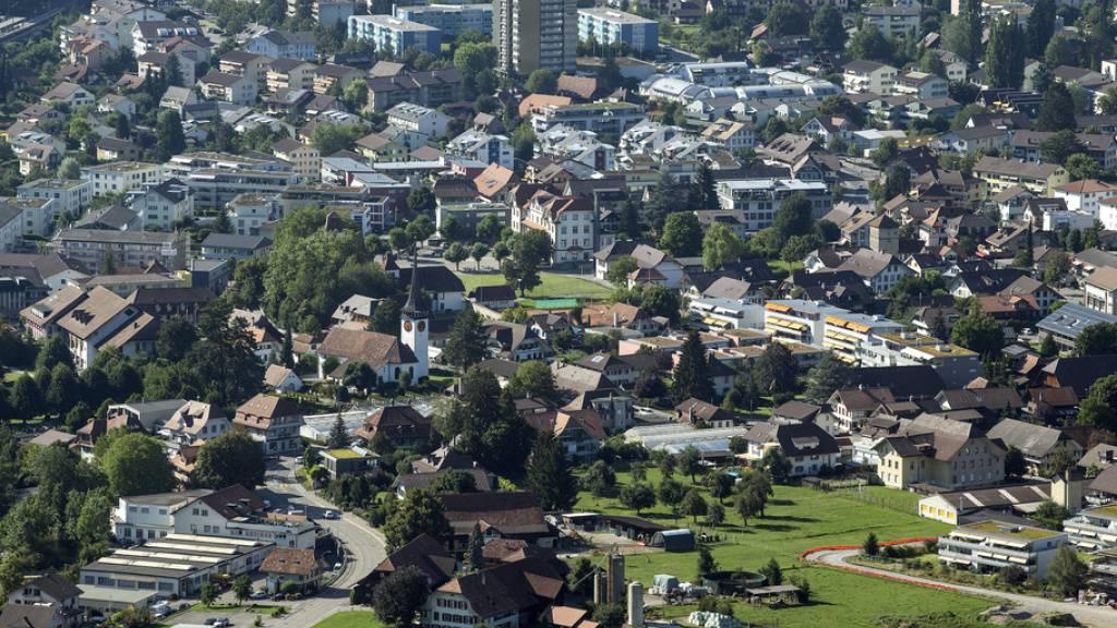 Belp war eine von acht Agglomerationsgemeinden, in denen die Umfrage «Mit- und Nebeneinander in Schweizer Gemeinden. Wie Migration von der ansässigen Bevölkerung wahrgenommen wird» durchgeführt wurde. Statistische Akribie war nicht ihr Ehrgeiz, sondern ein authentisches Stimmungsbild. (Symbolbild)