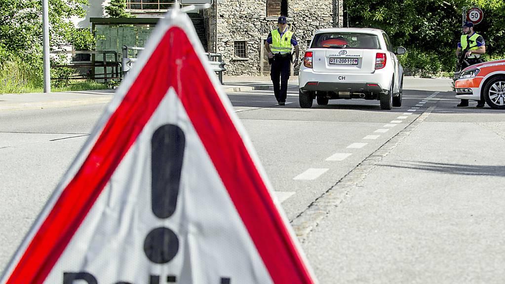 In einem Gebäude in Bellinzona ist am Mittwochabend ein Brand ausgebrochen, der von der Feuerwehr rasch gelöscht werden konnten. (Symbolbild)