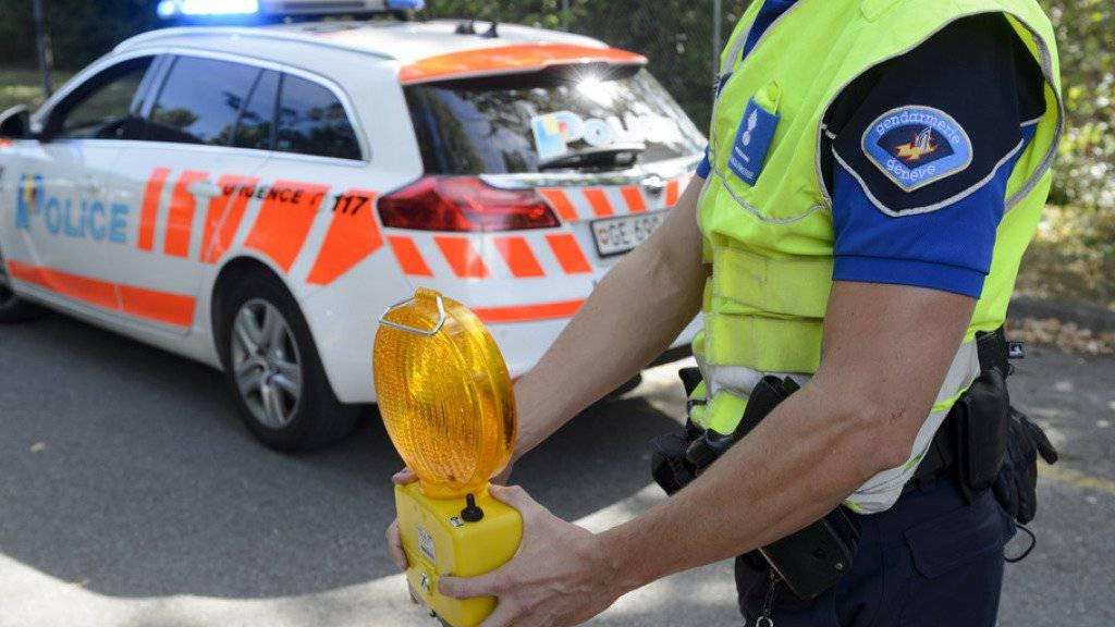 Bei einer Kollision mit einem Tram ist in Thonex GE ein Fussgänger ums Leben gekommen. (Symbolbild)