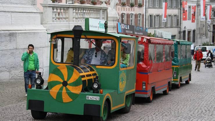 Das HESO-Bähnli rattert letzmals durch Solothurn