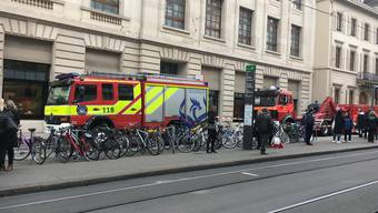 Feuerwehr-Einsatz vor der UBS am Bankverein