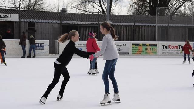 Eis-Spass in Wohlen – trotz wenig eisigen Temperaturen.