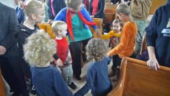 Band statt Chor und Lieder zum Mittanzen: Eindrücke vom modernen reformierten Modellgottesdienst in Frick.